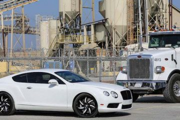 bentley-continental-white-monoleggera-azioni-1