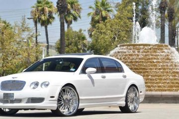 bentley-flyingspur-white-original-taglio-1