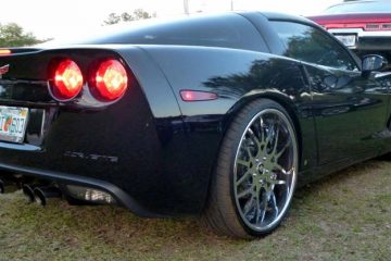 chevrolet-corvette-black-original-maglia