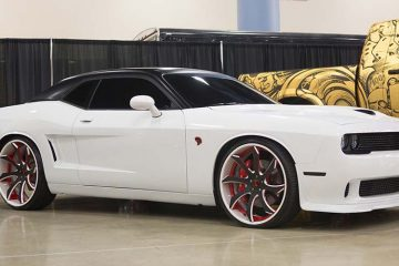 dodge-challenger-white-exotic-fondare-1-7142015