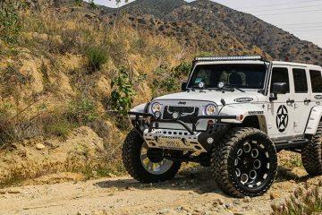 jeep-wrangler-white-offorad-rivoti-1-4102014