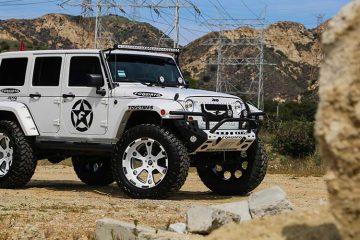jeep-wrangler-white-offroad-massa-1-4102014
