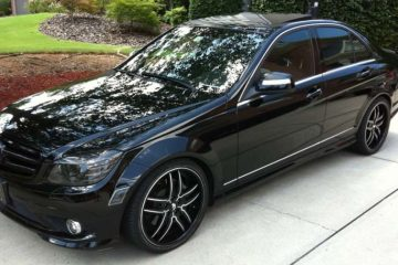 mercedes-benz-c300-black-original-vizzo