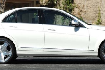 mercedes-benz-c300-white-original-alneato-1