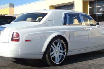 rollsroyce-phantom-white-original-vizzo